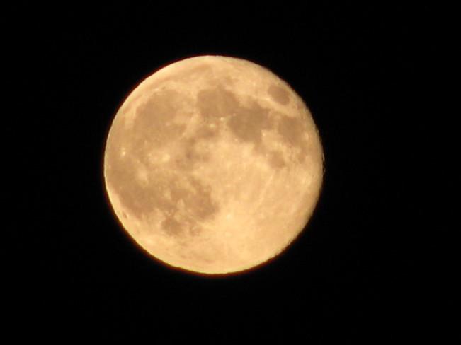 Super Moon Carbon, Alberta Canada