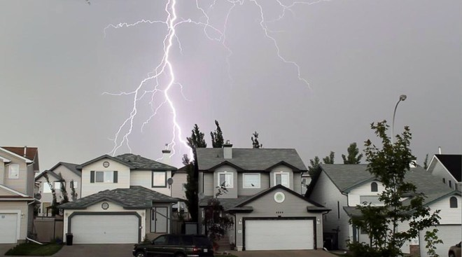Lightning North Edmonton