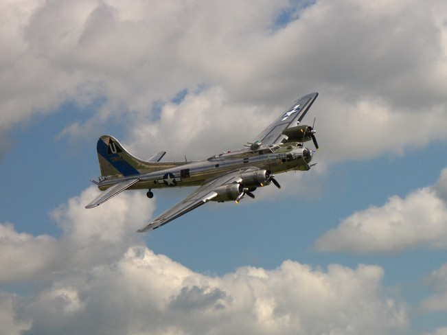 B 17 Fly By St. Thomas, Ontario Canada
