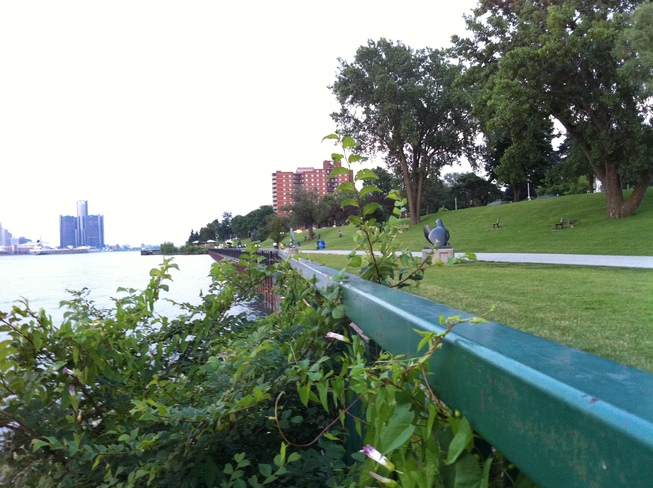 RIVER VIEW Windsor, Ontario Canada