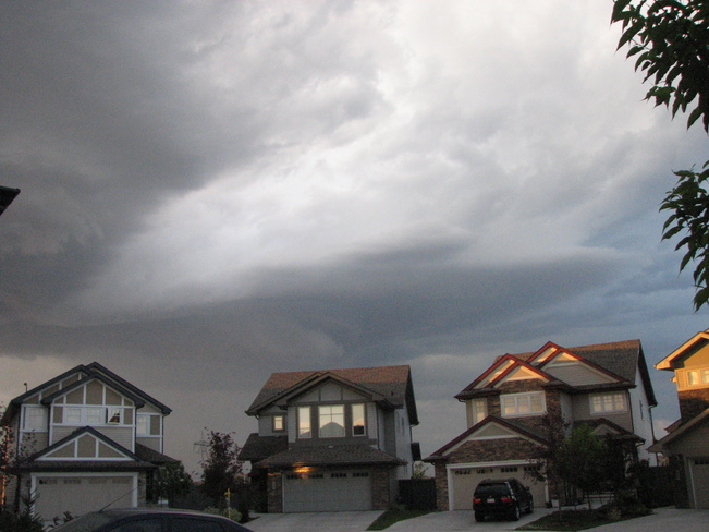 Ominous clouds above south edmonton
