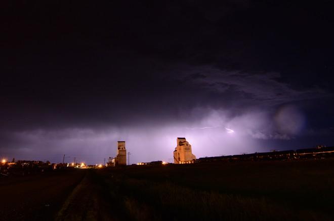 lightning Shaunavon, Saskatchewan Canada