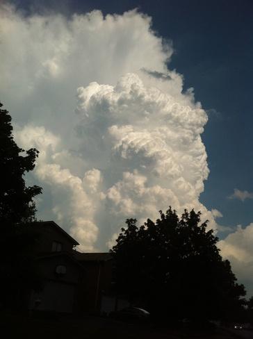 cloud formation Brampton, Ontario Canada