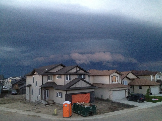 OMG STORM CELL Red Deer, Alberta Canada