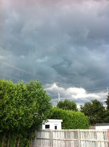 storm rollimg in Kingston, Ontario Canada