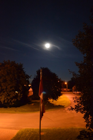 Full Moon Winchester, Ontario Canada