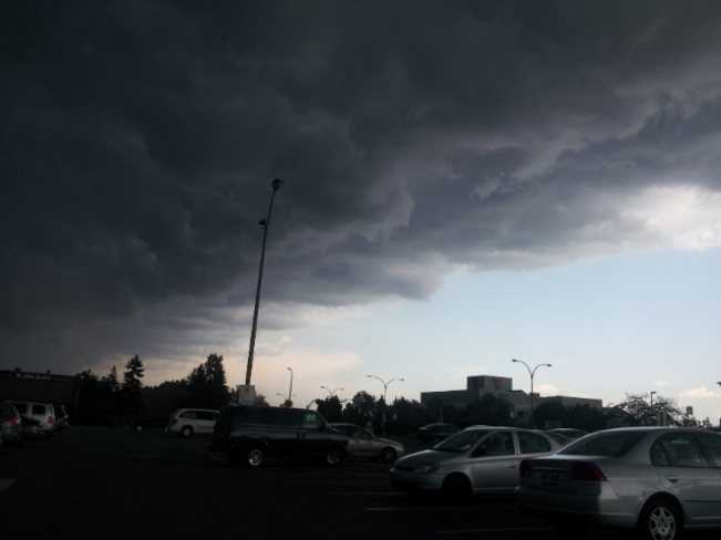 Ominous Storm: End of days style! Pointe-Claire, Quebec Canada