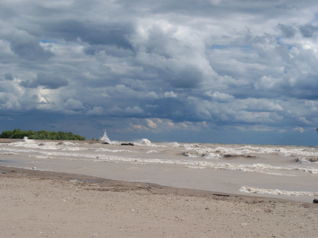 ruff waves Port Stanley, Ontario Canada