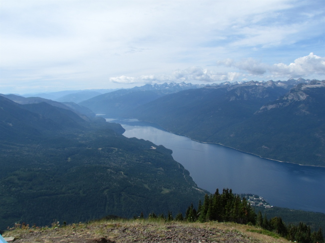SLOCAN LAKE LOOKING SOUTH New Denver, British Columbia Canada