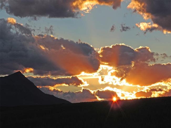 Rocky Mountain Sunrise Lethbridge, Alberta Canada
