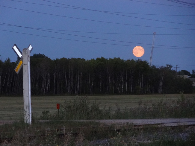 Moon Crossing East St. Paul, Manitoba Canada