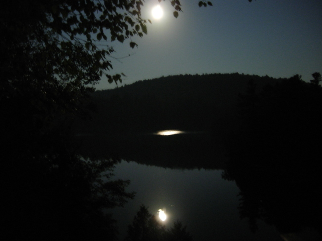 August Moon Lac-Vert, Quebec Canada