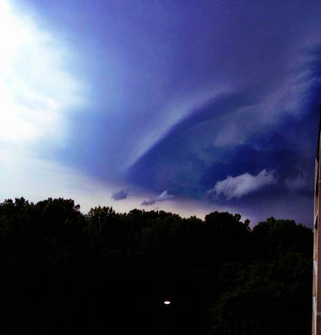 storm front advancing London, Ontario Canada