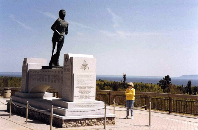 To the memory of Terry Fox Thunder Bay, Ontario Canada