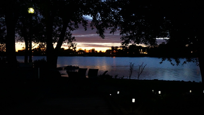 coucher de soleil d'automne Saint-Mathias-sur-Richelieu, Quebec Canada
