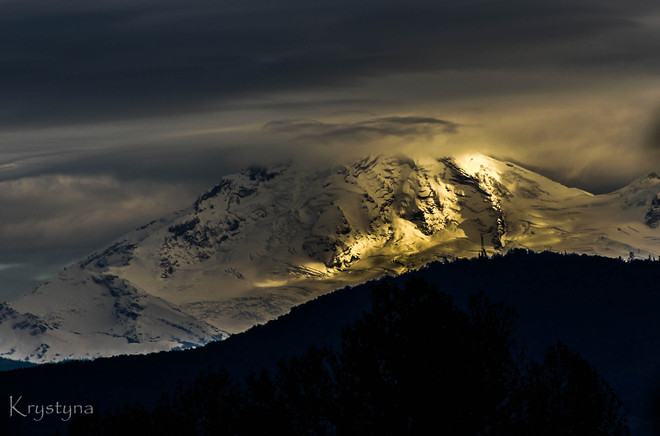 sun going down on Mt. Baker Mission, British Columbia Canada