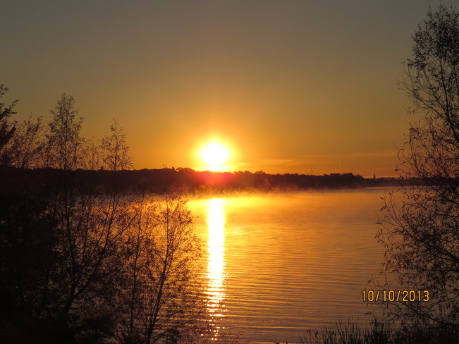 October Sunrise-Lake Nipissing North Bay, Ontario Canada