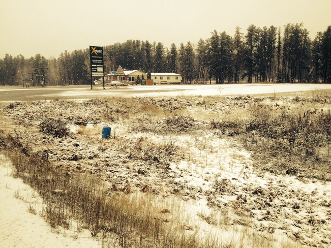 butlet lake truck stop Holtyre, Ontario Canada