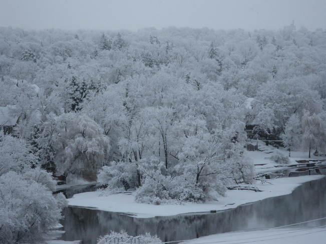 dusting of snow Peterborough, Ontario Canada