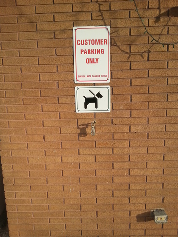 Doggie Parking Windsor, Ontario Canada