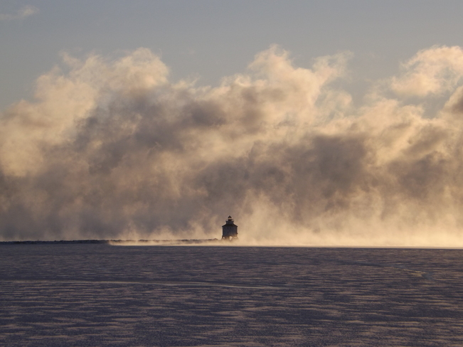 FRIGID -31 WIND CHILL MIST SURROUNDS THE LIGHTHOUSE Thunder Bay, Ontario Canada