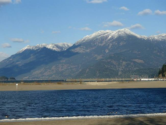 Early snow in HHS Agassiz, British Columbia Canada