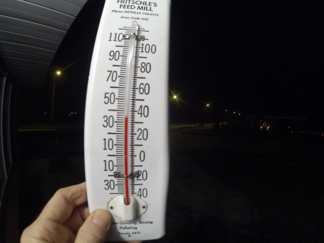 32F thermometer Windsor, Ontario Canada