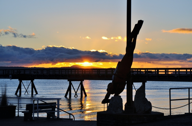 THE DIVER AT SUNRISE Sidney, British Columbia Canada