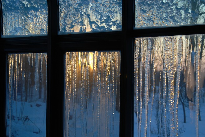 Icy Sunroom Bright, Ontario Canada