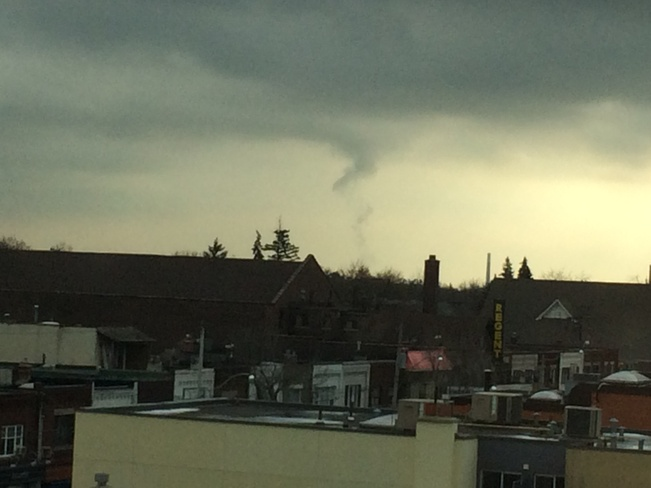 Funnel clouds spotted over Toronto Toronto, Ontario Canada