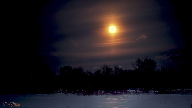 Full Wolf Moon Smiths Falls, Ontario Canada
