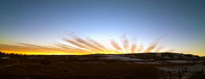 Sunburst panoramic Calgary, Alberta Canada