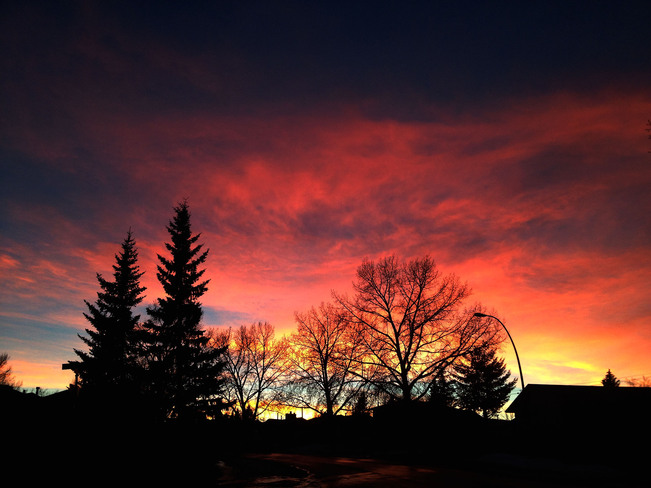 A colourful chinook sunset Calgary, Alberta Canada