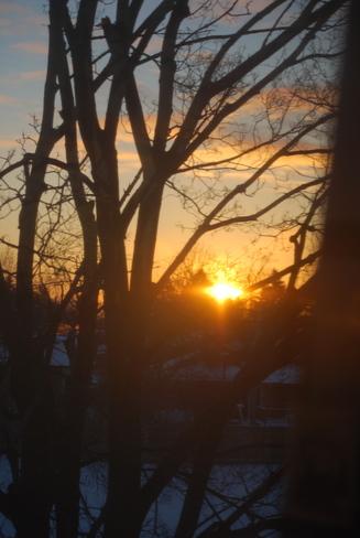Sunrise in -20 degrees Bramalea, Ontario Canada