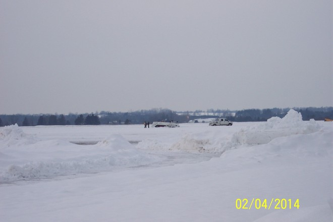 PLANES DON'T LIKE ICE Brantford, Ontario Canada