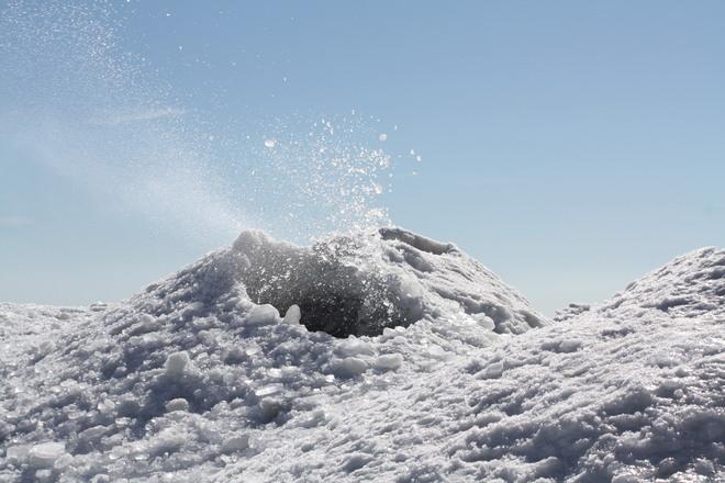 active snowcanos today Brighton, Ontario Canada