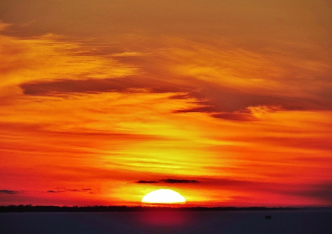 Cold, colourful sunset for our Maritime friends! North Bay, Ontario Canada