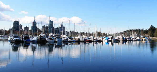 Nice weather & Reflection Vancouver, British Columbia Canada