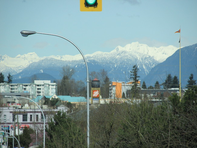 there's snow on them thar hills! Surrey, British Columbia Canada