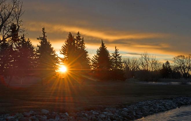 Sunrise at Henderson Lake Lethbridge, Alberta Canada