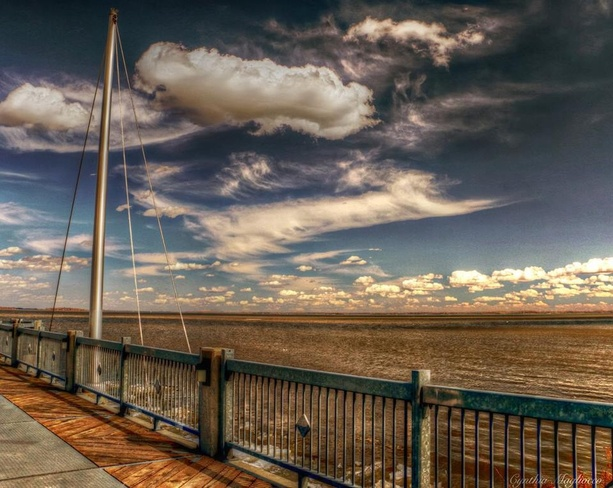 looking beyond Pointe-Claire, Quebec Canada