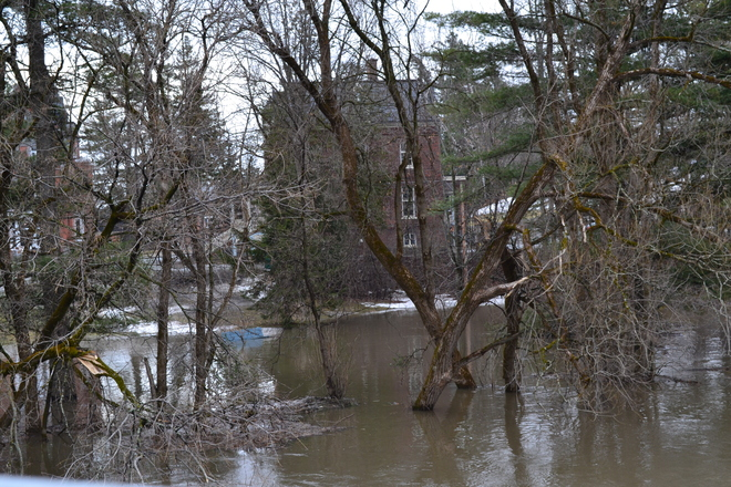 flooding causes Bishop's University and Champlain to close Lennoxville, Quebec Canada