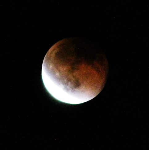Lunar Eclipse with Bloody Moon Vancouver, British Columbia Canada