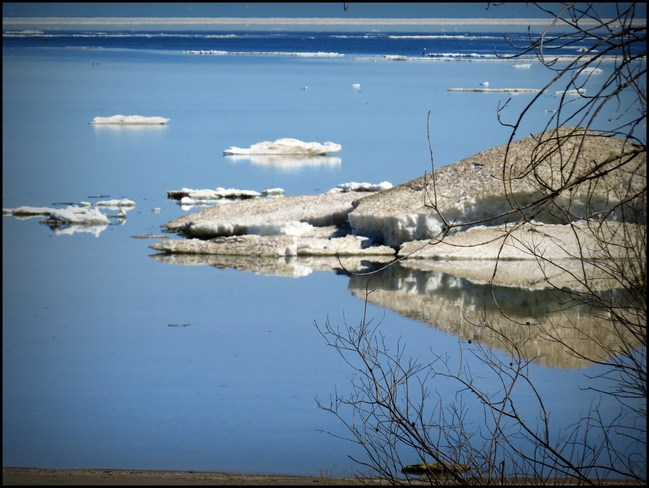 Lake Erie is melting, finally! Port Colborne, Ontario Canada