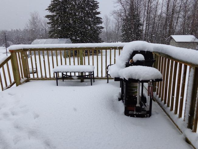 april snow Thunder Bay, Ontario Canada