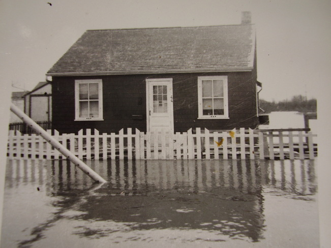1950 Flood .. My Family Home Winnipeg, Manitoba Canada