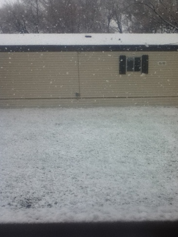 snow in may pt2 Dauphin, Manitoba Canada