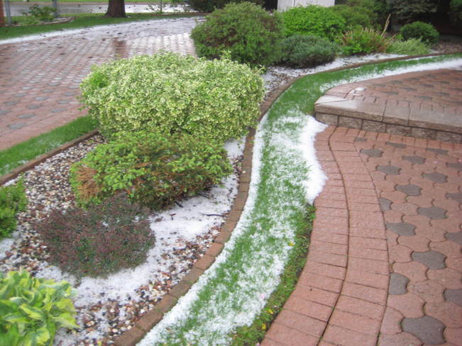 Hail in Orleans, Ontario on May 24, 2014 ON K1E3N3