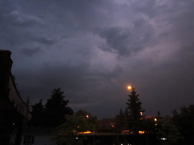 Storm imminent and occurring in Ottawa Kanata, Ottawa, ON