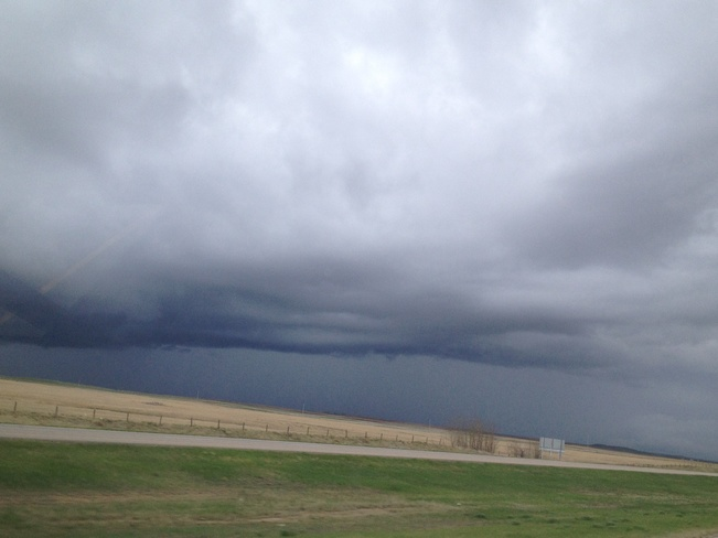 theres a storm cummin in Swift Current, Saskatchewan Canada